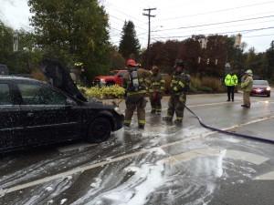 10-23-14 car fire York St (9)